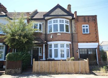 Thumbnail 4 bed property to rent in Baytree Road, London