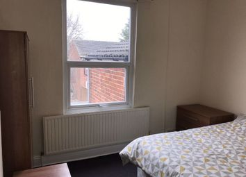 Thumbnail 5 bed shared accommodation to rent in Lambert Street, Hull