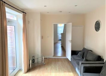 Thumbnail 3 bed town house to rent in Newlands Road, Jesmond