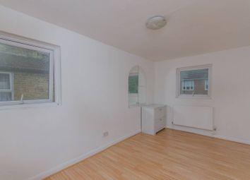 Thumbnail 2 bedroom flat for sale in Geldart Road, Peckham