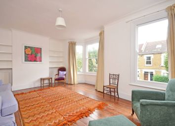 2 bed maisonette to rent in Eynham Road, Shepherd's Bush, London W12