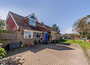 Effingham Lane, Copthorne, Crawley RH10. 4 bed bungalow for sale