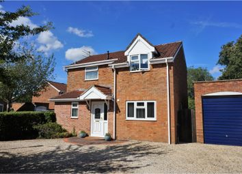 Thumbnail 3 bed detached house for sale in Chancellor Close, Swindon