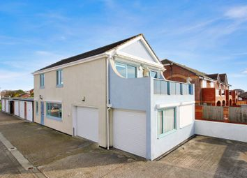 Thumbnail 2 bed detached house for sale in Meath Close, Hayling Island