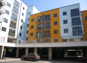 Thumbnail 2 bed flat to rent in Maltings Close, London