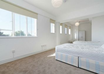 1 bed flat to rent in Park Royal Road, London NW10