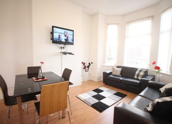 Thumbnail Room to rent in Longford Place, Manchester