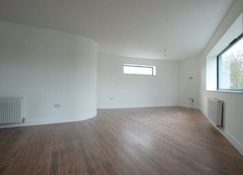 Thumbnail 2 bed flat to rent in Manchester Drive, Leigh-On-Sea