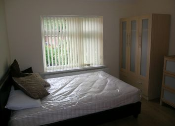 Thumbnail 4 bedroom shared accommodation to rent in Mauldeth Road, Manchester