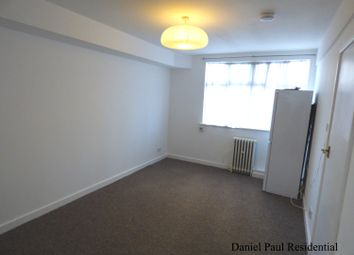 Thumbnail Studio to rent in Shepherds Bush Green, London