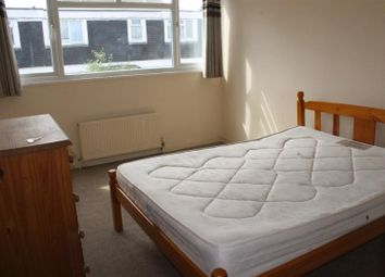 Thumbnail Room to rent in Lower Meadow, Harlow