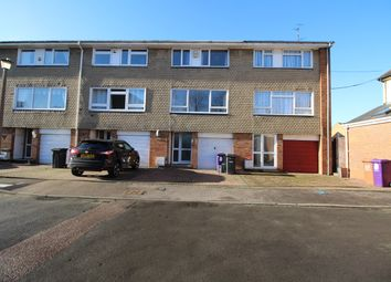 Thumbnail 4 bedroom terraced house to rent in Firs Close, Hitchin