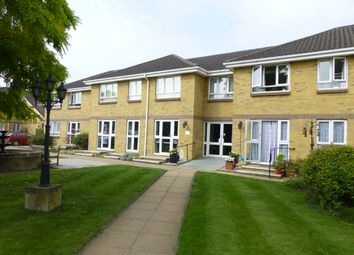 Thumbnail 1 bed flat to rent in Clayton Road, Chessington, Surrey.