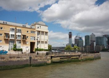 Thumbnail 1 bed flat to rent in Princes Court, London