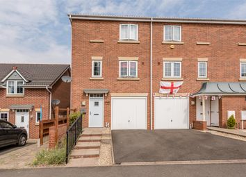 Thumbnail 3 bed town house for sale in The Breeze, Brierley Hill