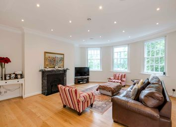 Thumbnail 3 bed flat to rent in Chelsea Embankment, London