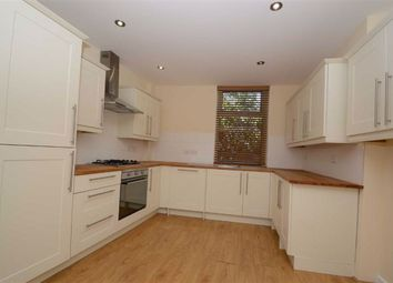 1 bed flat to rent in Whalley Road, Clayton Le Moors, Accrington BB5