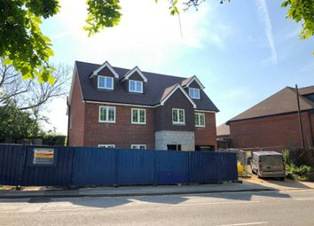 2 bed flat for sale in Central Location, Wokingham RG40