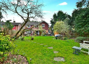 Thumbnail 5 bed detached house to rent in Green Lane, Farnham Common, Buckinghamshire