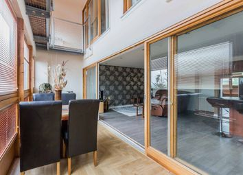 2 bed flat for sale in Templeton Street, Glasgow G40