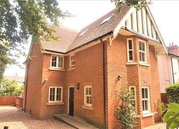 6 bed detached house to rent in Woodlands Road, Farnborough, Hampshire GU14