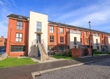 Thumbnail 2 bedroom flat to rent in 10, Elmwood Building, Belfast