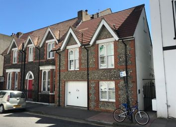 2 bed property for sale in Chesham Road, Brighton BN2