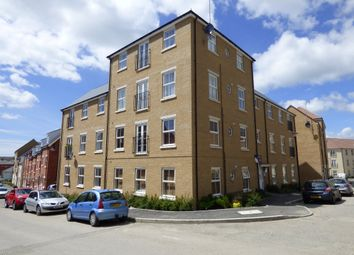 Thumbnail 2 bedroom flat to rent in Easdale Street, Swindon