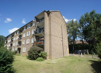 Thumbnail 2 bed flat for sale in Oakleigh Road North, Whetstone