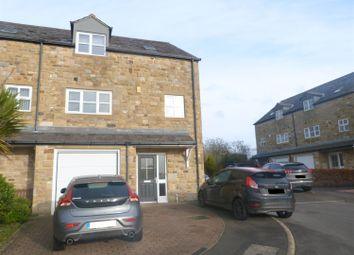 Thumbnail 4 bed town house for sale in Tulyar Court, Bingley