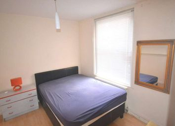 Thumbnail Room to rent in Basingstoke Road, Reading