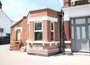 Thumbnail Studio to rent in Winchester Road, London