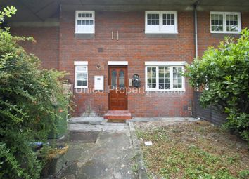 Thumbnail 4 bed flat to rent in Parnell Road, Bow