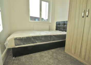 Thumbnail Room to rent in Tanners Lane, Barkingside, Ilford