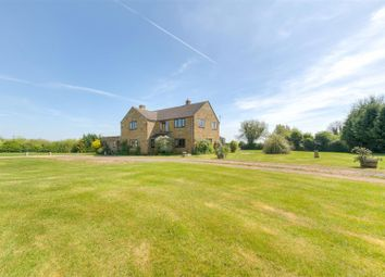 Thumbnail Farmhouse for sale in Batchelors Lane, Ratley, Banbury