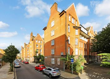 Thumbnail 4 bed flat to rent in Webber Row, London