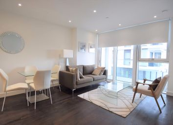 1 bed flat to rent in Wandsworth Road, Nine Elms, London SW8