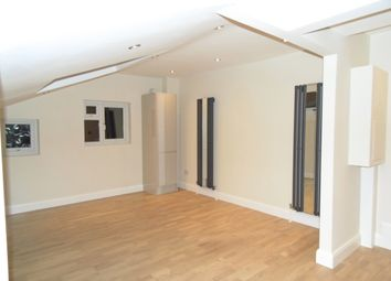 Thumbnail 1 bed flat to rent in Coverton Road, Tooting