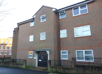 Thumbnail 1 bed flat to rent in Gordon Road, Aldershot