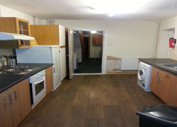 Thumbnail 5 bed property to rent in Thackeray Road, Southampton