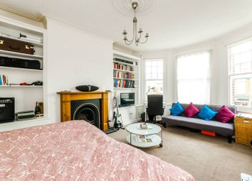 Thumbnail 4 bed maisonette for sale in Sedgemere Avenue, East Finchley