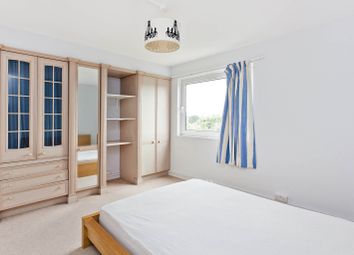 Thumbnail 3 bed flat to rent in Queens Ride, London