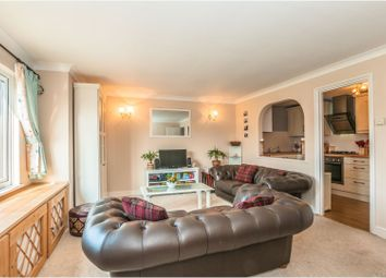 Thumbnail 2 bed flat for sale in Sheepcote Road, Windsor