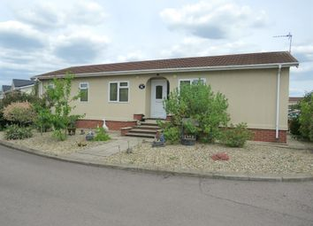 Thumbnail 3 bed mobile/park home for sale in Marina View, Dogdyke, Lincoln