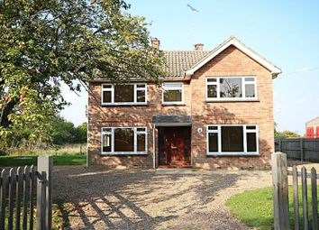 Thumbnail 3 bed detached house to rent in Chelmsford Road, White Roding, Essex
