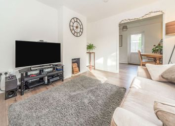 Thumbnail 5 bed terraced house for sale in Bernhardt Crescent, Stevenage