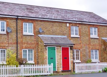 Thumbnail 2 bed detached house to rent in Cores End Road, Bourne End, Buckinghamshire