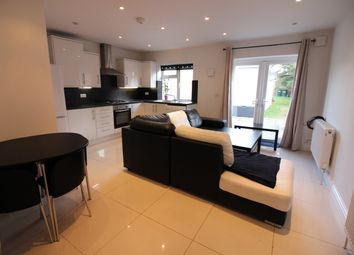 Thumbnail 2 bed flat to rent in Great North Way, Hendon
