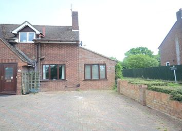 Thumbnail 1 bed flat to rent in Highfield Park, Wargrave, Reading