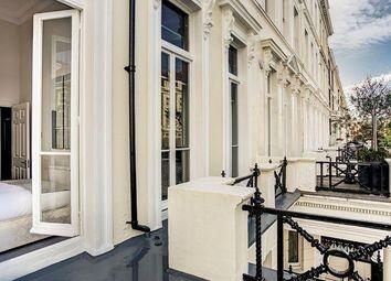 Thumbnail 2 bed flat to rent in Somerset House, Lexham Gardens, Kensington, London